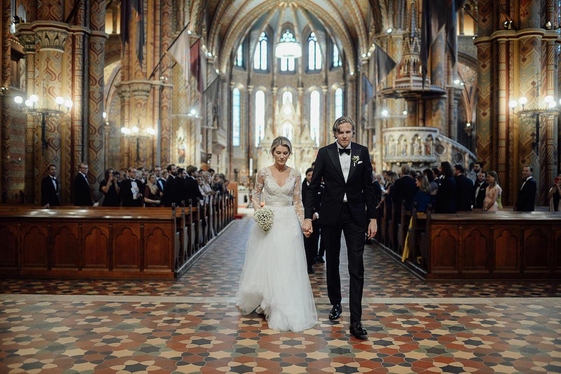Practically Royal Classic Budapest Cathedral Wedding – Julian Gyula Zacsfalvi 4