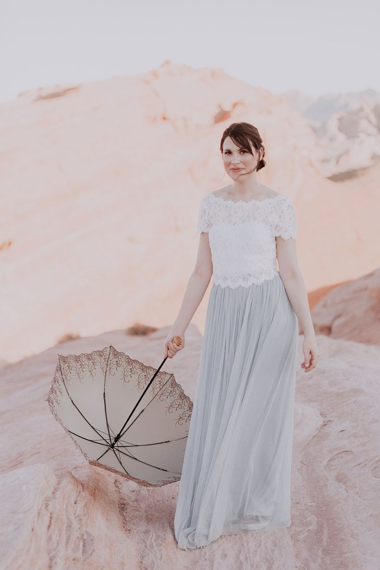 Urban Meets Desert Nevada Elopement – Elope Tahoe Photo Co. 30