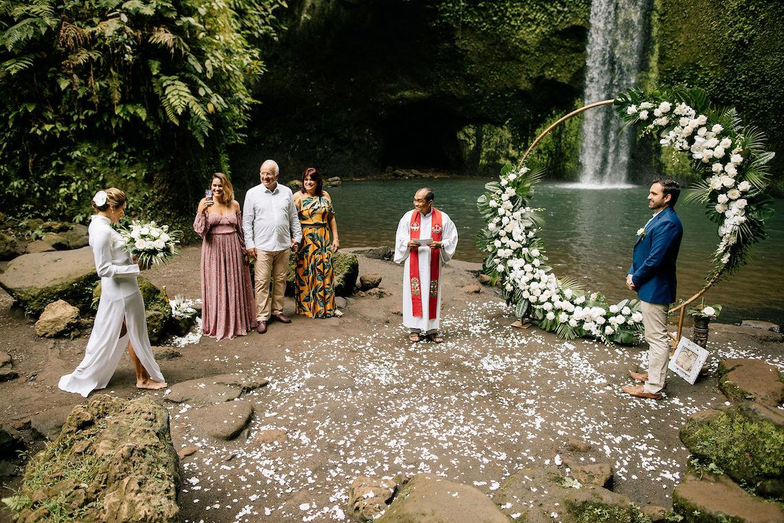 Breathtaking Bali Waterfall Elopement – Vladimir Borodenok 1