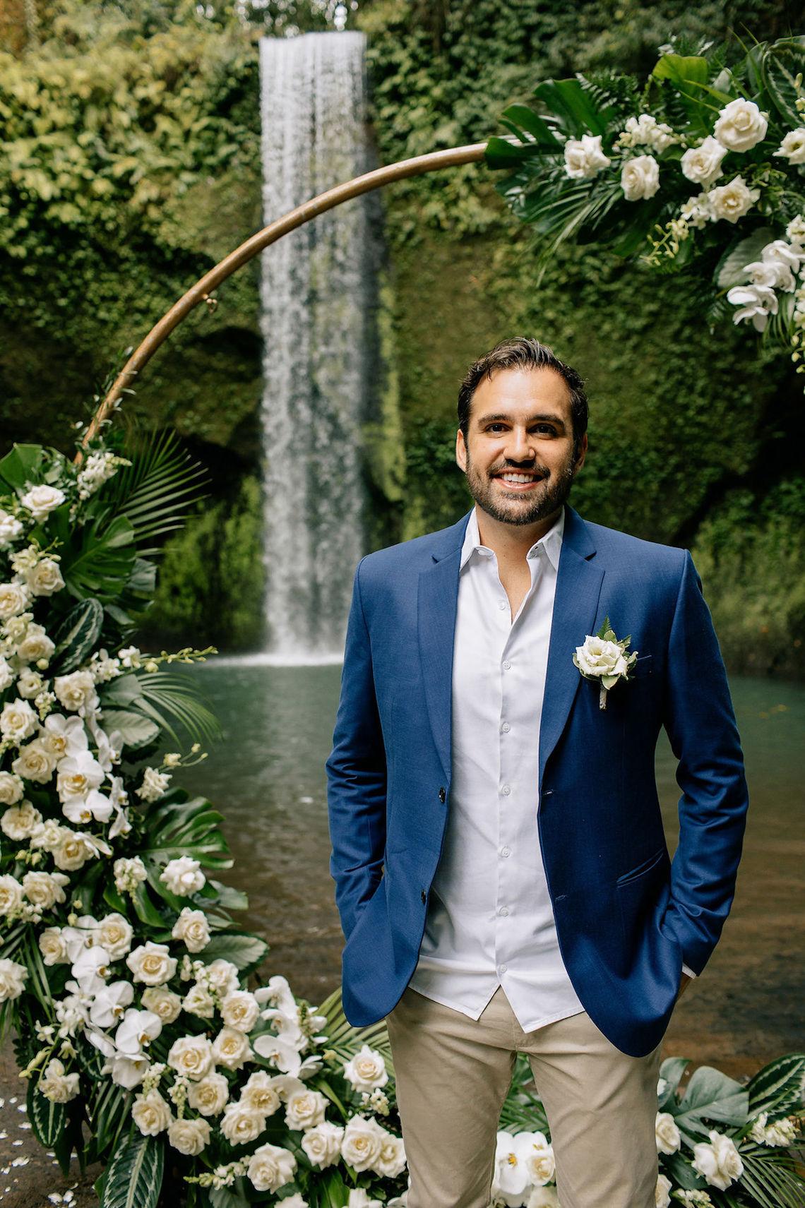 Breathtaking Bali Waterfall Elopement – Vladimir Borodenok 27