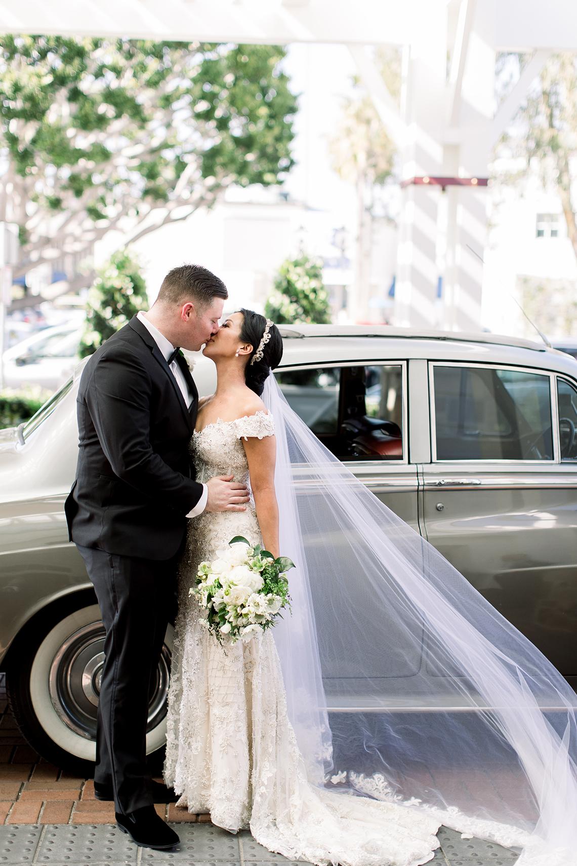 Orange Citrus Inspired Wedding at Lido House Newport Beach – Brett Hickman 30