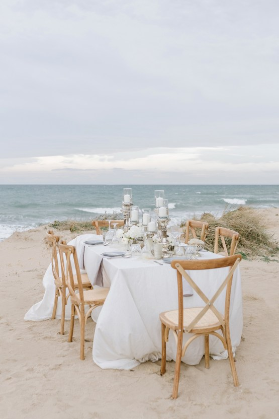 Couture Wedding Inspiration from the Beaches of Apulia – Le Velo Fotografia 1