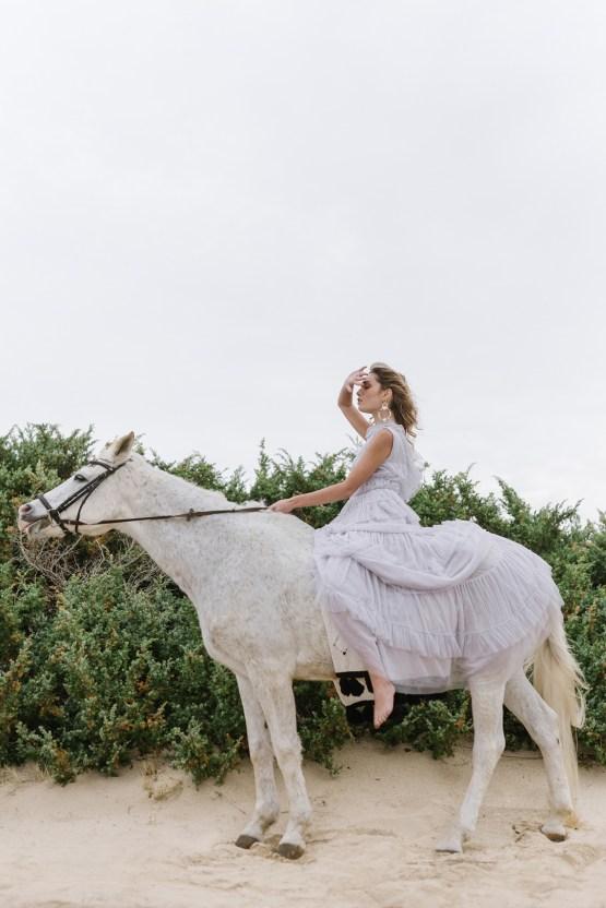 Couture Wedding Inspiration from the Beaches of Apulia – Le Velo Fotografia 26