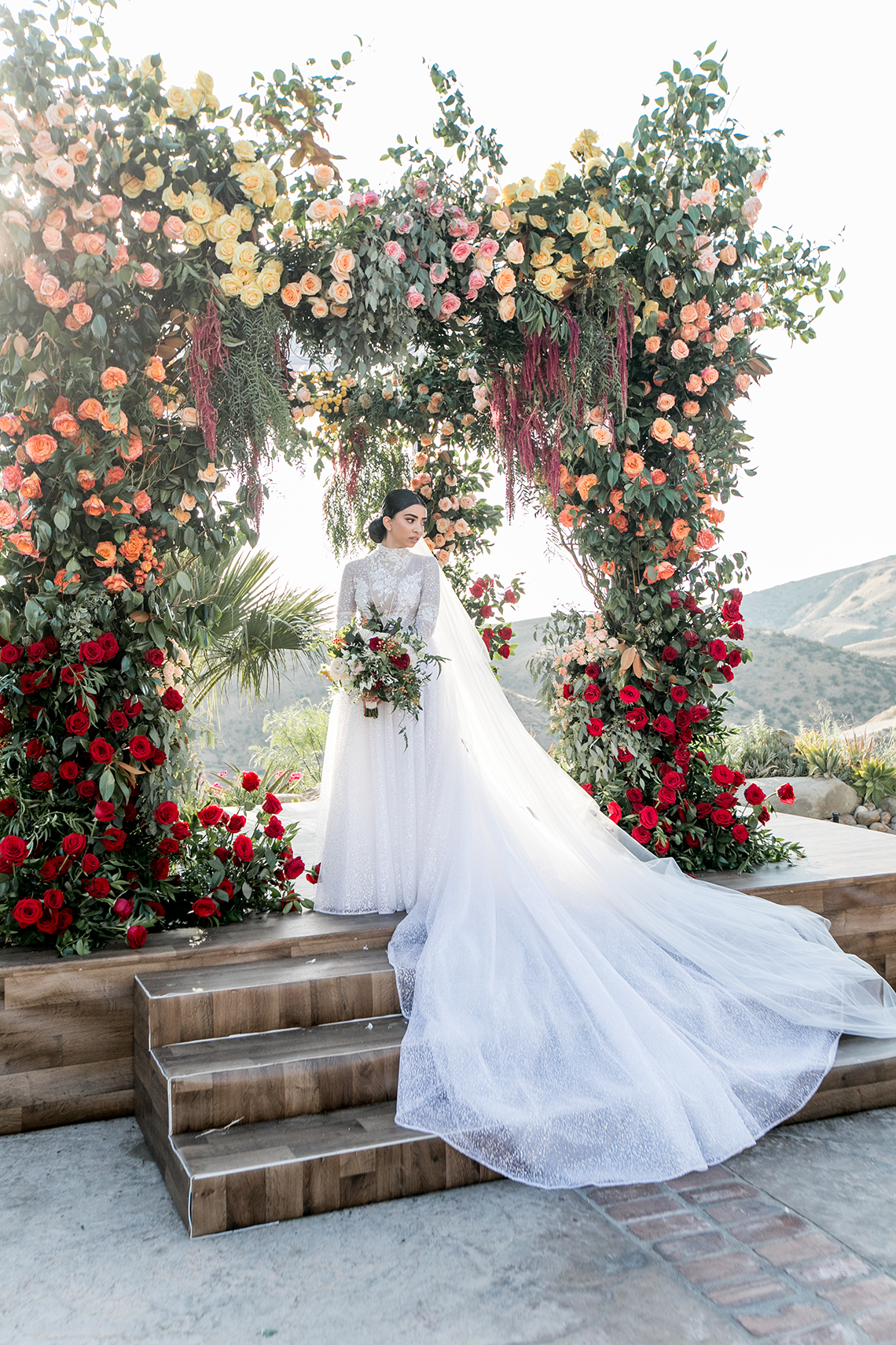 Luxurious Hummingbird Nest Ranch Jewish Wedding – Katie Beverly 47