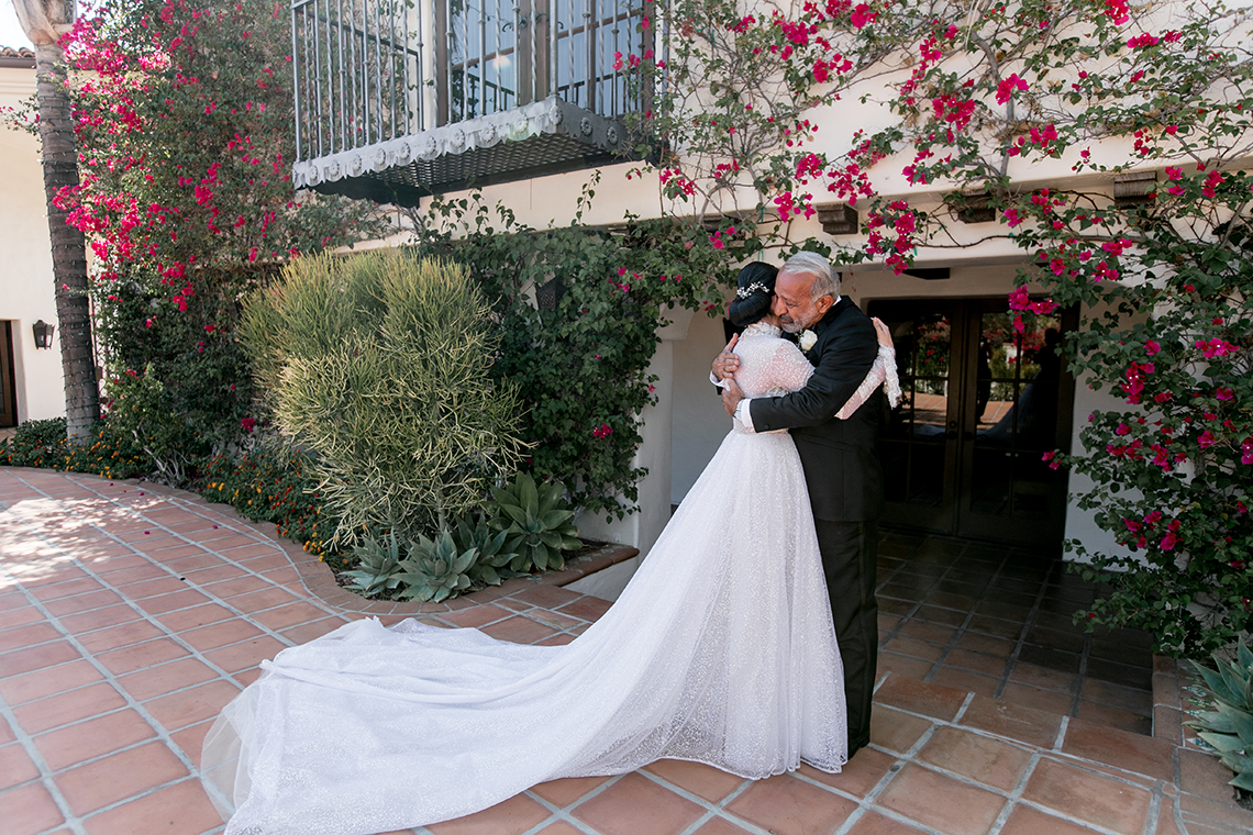 Luxurious Hummingbird Nest Ranch Jewish Wedding – Katie Beverly 8