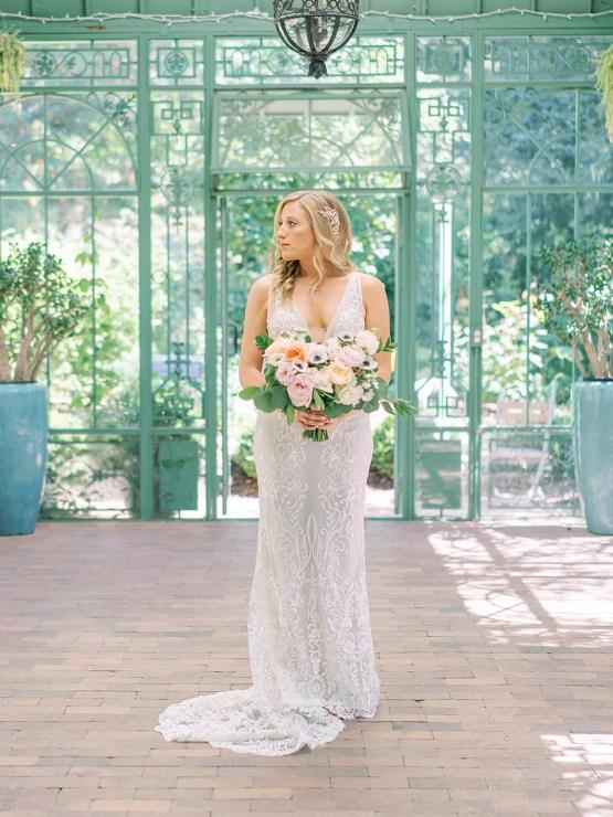 Pretty Denver Botanic Gardens Wedding – Decorus Fine Art Photography 12