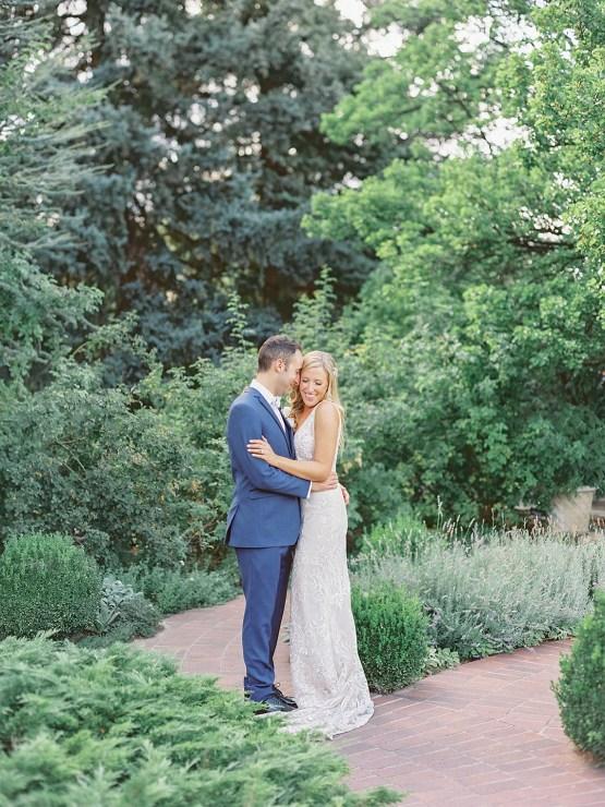 Pretty Denver Botanic Gardens Wedding – Decorus Fine Art Photography 21