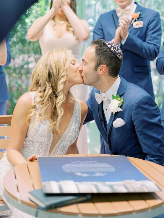 Pretty Denver Botanic Gardens Wedding – Decorus Fine Art Photography 37