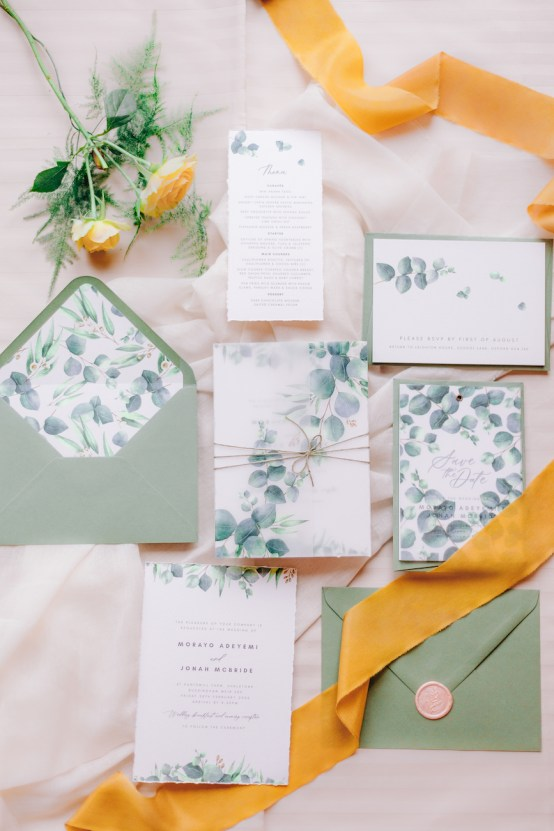 Rustic UK Barn Wedding Inspiration – Elsie Love Photography – Kimberley Rose Designs 1