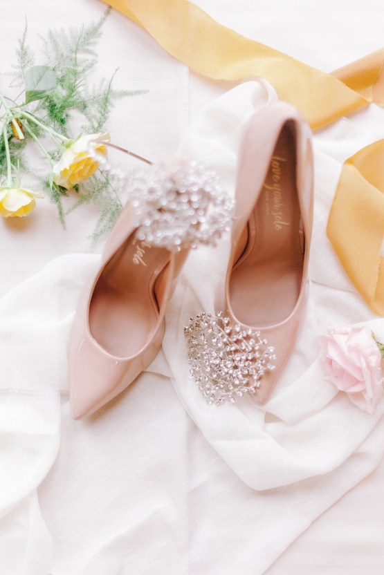 Rustic UK Barn Wedding Inspiration – Elsie Love Photography – Kimberley Rose Designs 4