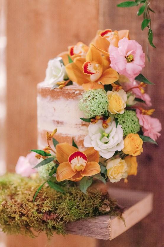 Rustic UK Barn Wedding Inspiration – Elsie Love Photography – Kimberley Rose Designs 42