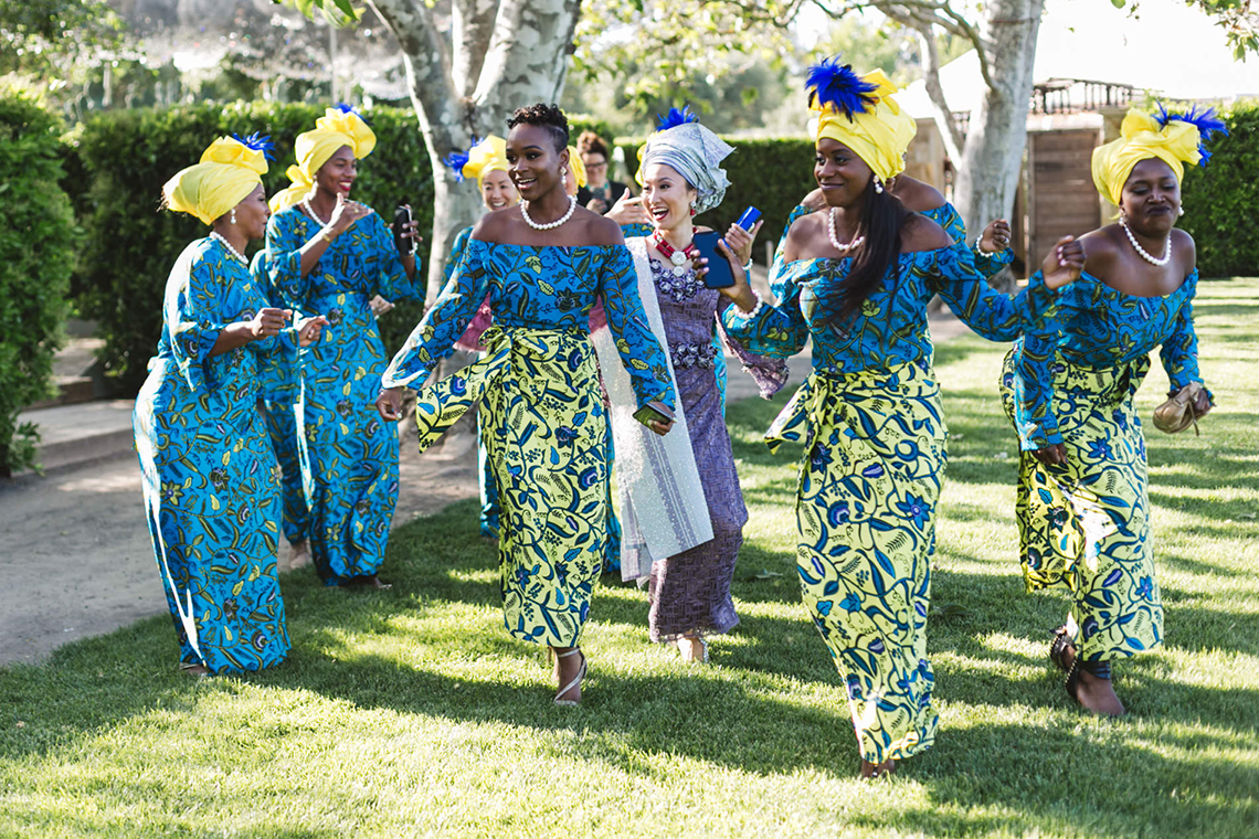 Colorful and Joyous Japanese and Nigerian Multicultural Wedding – Zoe Larkin Photography 36