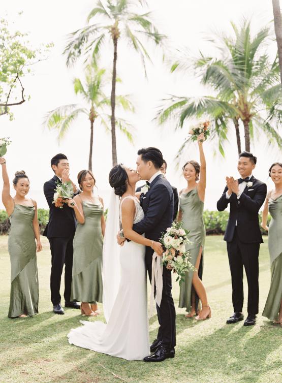 Elegant Sage Green Hawaii Destination Wedding – Etcetera Photo 14