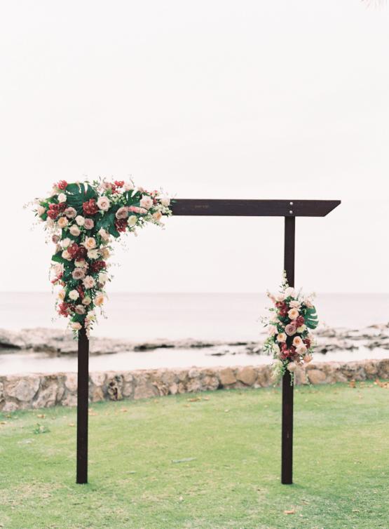 Elegant Sage Green Hawaii Destination Wedding – Etcetera Photo 23
