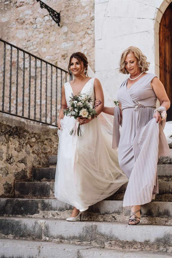 Stunning Rustic Mallorca Destination Wedding – Paco and Aga Photography 16