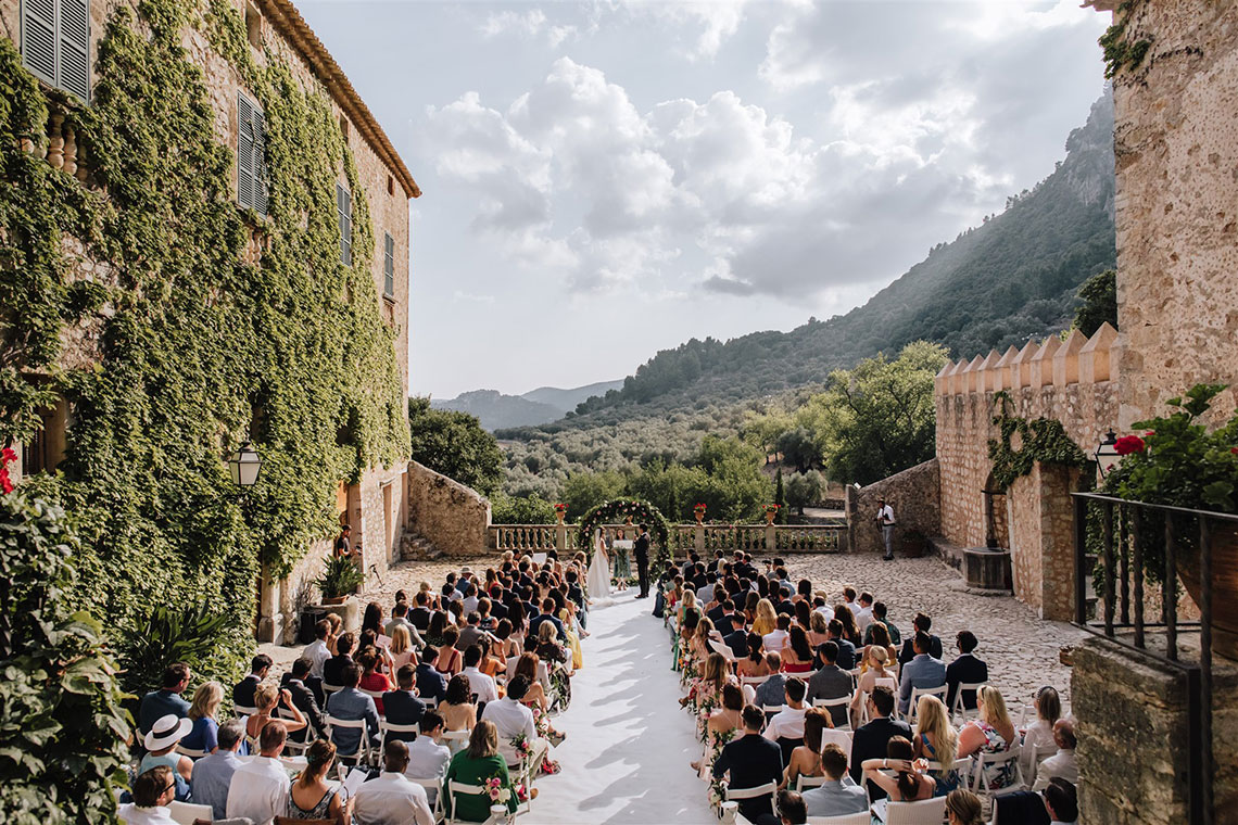 Stunning Rustic Mallorca Destination Wedding – Paco and Aga Photography 50