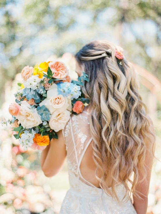 Zesty Citrus Wedding Ideas – The Grand Lady – Texas Wedding – Kristin La Voie Photography 13