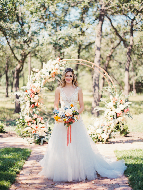 Zesty Citrus Wedding Ideas – The Grand Lady – Texas Wedding – Kristin La Voie Photography 15