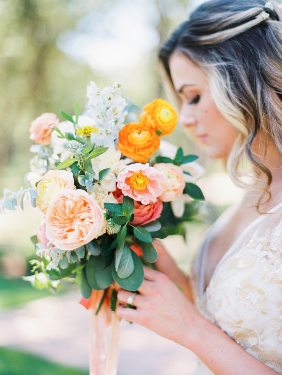 Zesty Citrus Wedding Ideas – The Grand Lady – Texas Wedding – Kristin La Voie Photography 6