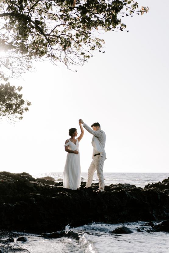 All-White Hawaiian Sunset Elopement – Aloha Zoe Photography 18