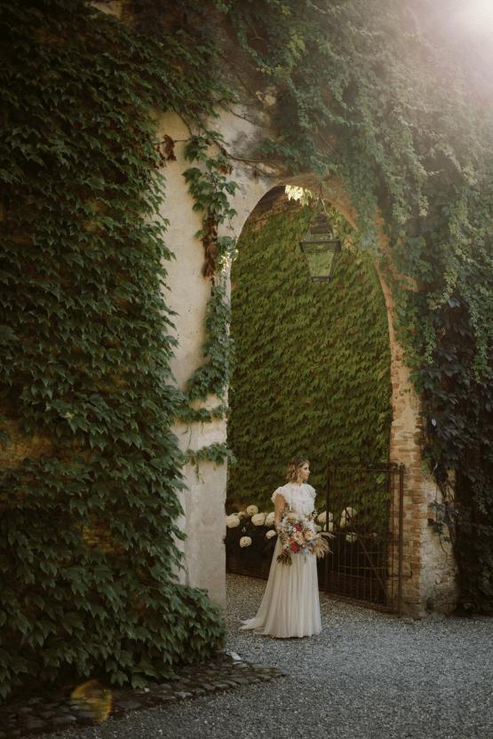 Bohemian Wildflower Wedding in Northern Italy – Margherita Calati – Castello di Paderna 33