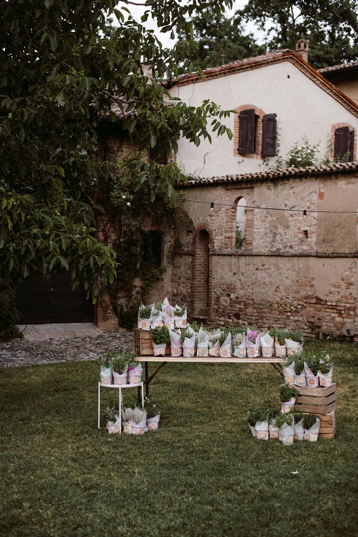 Bohemian Wildflower Wedding in Northern Italy – Margherita Calati – Castello di Paderna 54