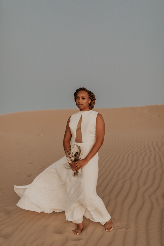 Desert Sand Dune Wedding Inspiration with Natural Hair Ideas for Black Brides – Tor Hawley – The LAW Bridal 52
