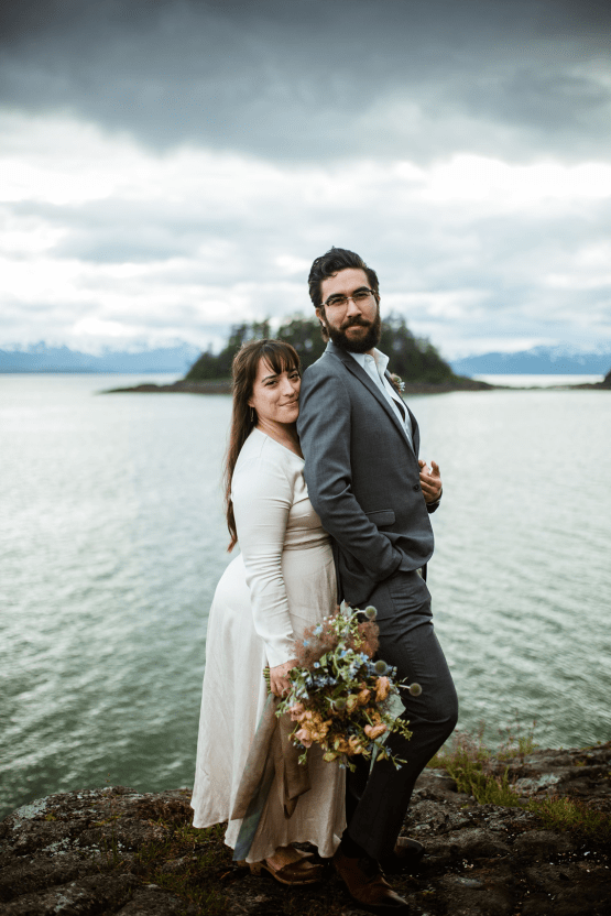Intimate Alaska Summer Solstice Elopement – Sydney Akagi Photography – Frenchies Floral Studio 14