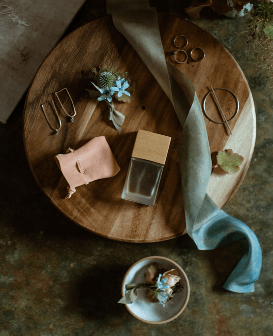 Intimate Alaska Summer Solstice Elopement – Sydney Akagi Photography – Frenchies Floral Studio 4