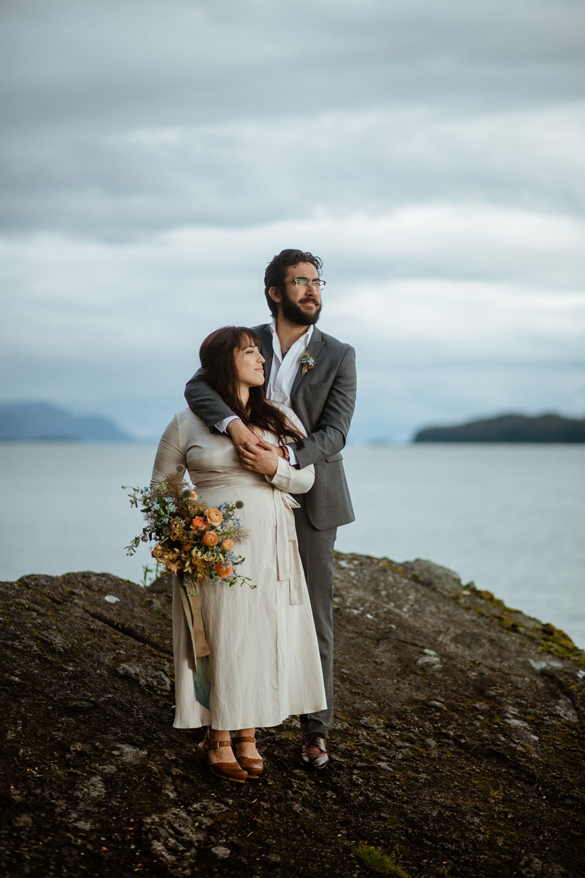 Intimate Alaska Summer Solstice Elopement – Sydney Akagi Photography – Frenchies Floral Studio 8