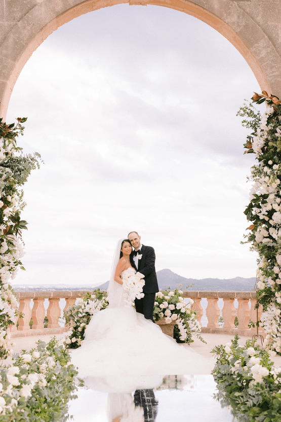 Lavish and Luxurious Mallorca Destination Wedding – Eric Kelley Photography – Galia Lahav 5