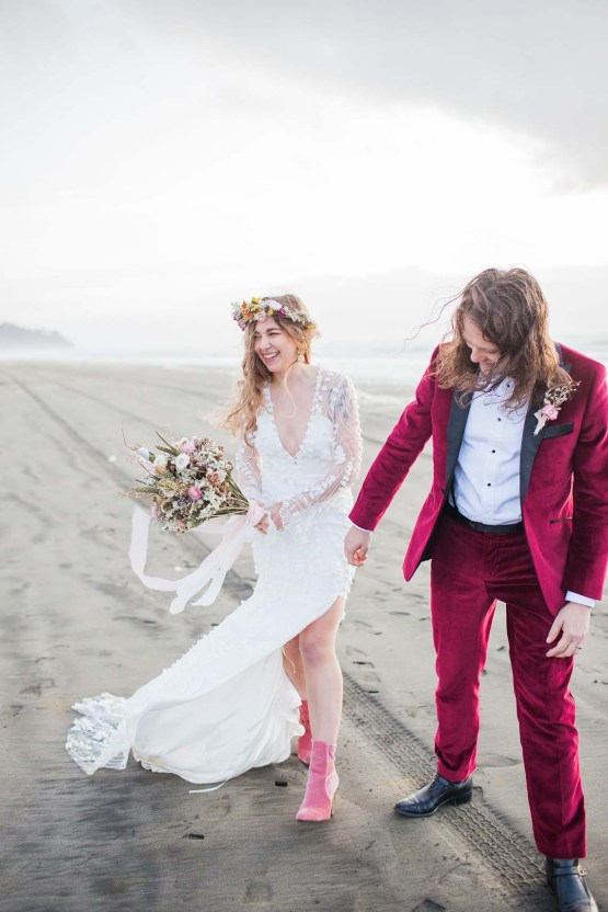 Pacific Northwest Rock and Roll Beach Wedding at The Funky Souwester Lodge – Claire Eliza Wedding Photography – Christina Castello and Drew Pull – Alexandra Grecco Dylan Gown 51
