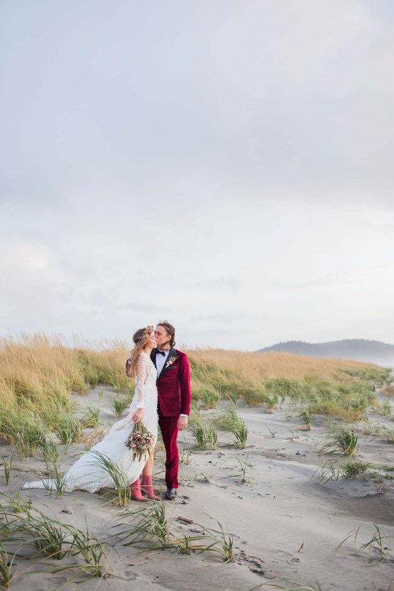 Pacific Northwest Rock and Roll Beach Wedding at The Funky Souwester Lodge – Claire Eliza Wedding Photography – Christina Castello and Drew Pull – Alexandra Grecco Dylan Gown 54