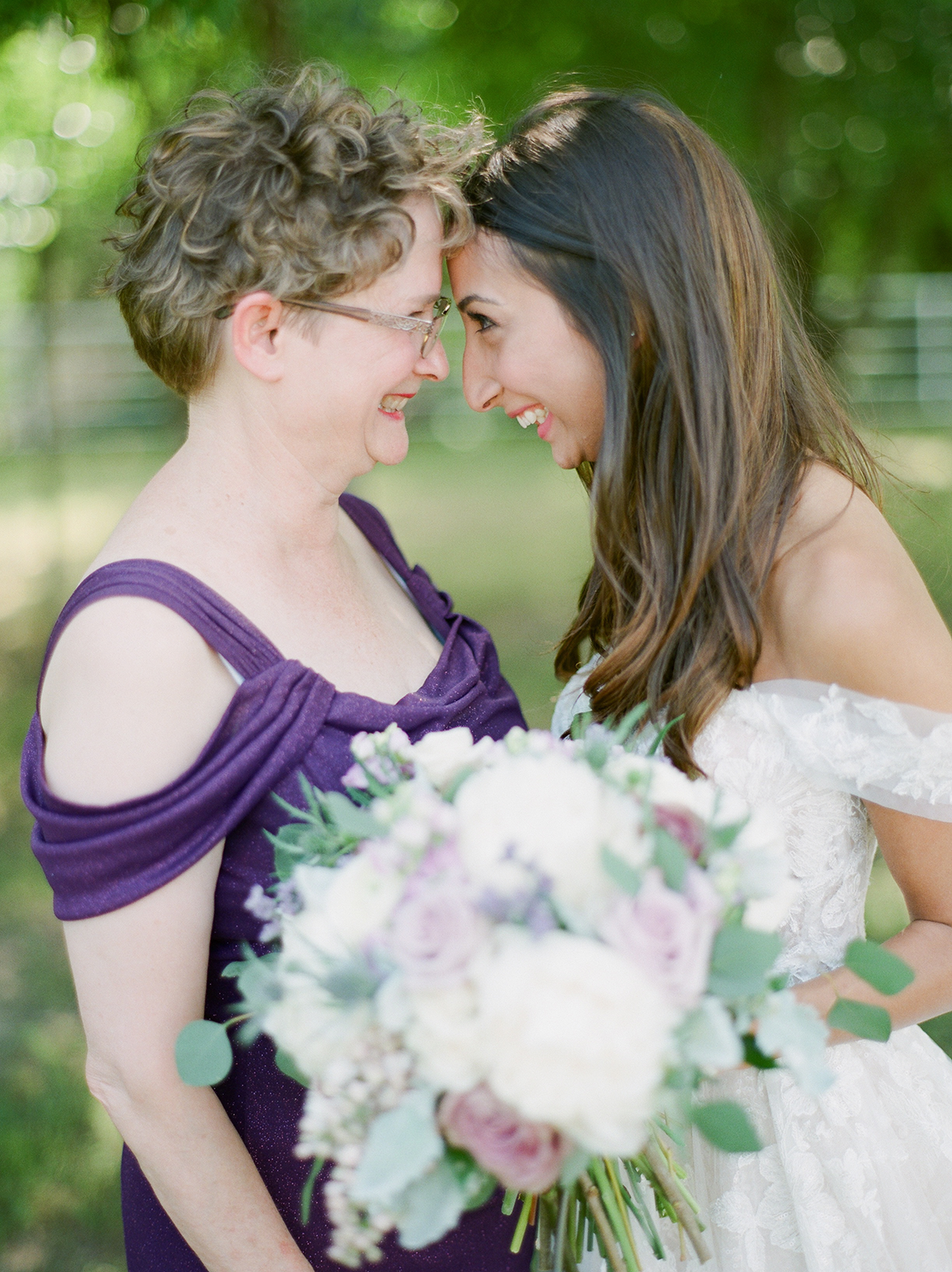 Sweet Lilac Countryside Wedding with a Rice Krispie Treat Cake – Andria Lea – Firefly Gardens 17