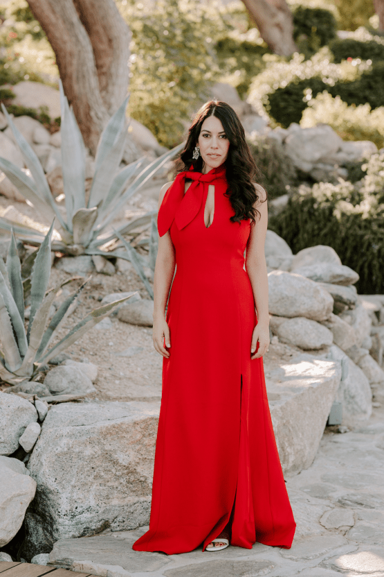 Ultra-Stylish Palm Springs Wedding with Modern Black Details – Frederick Loewe Estate – Mary Claire Roman 17
