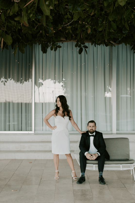 Ultra-Stylish Palm Springs Wedding with Modern Black Details – Frederick Loewe Estate – Mary Claire Roman 23