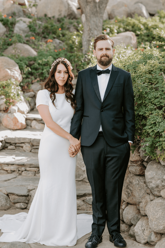 Ultra-Stylish Palm Springs Wedding with Modern Black Details – Frederick Loewe Estate – Mary Claire Roman 32
