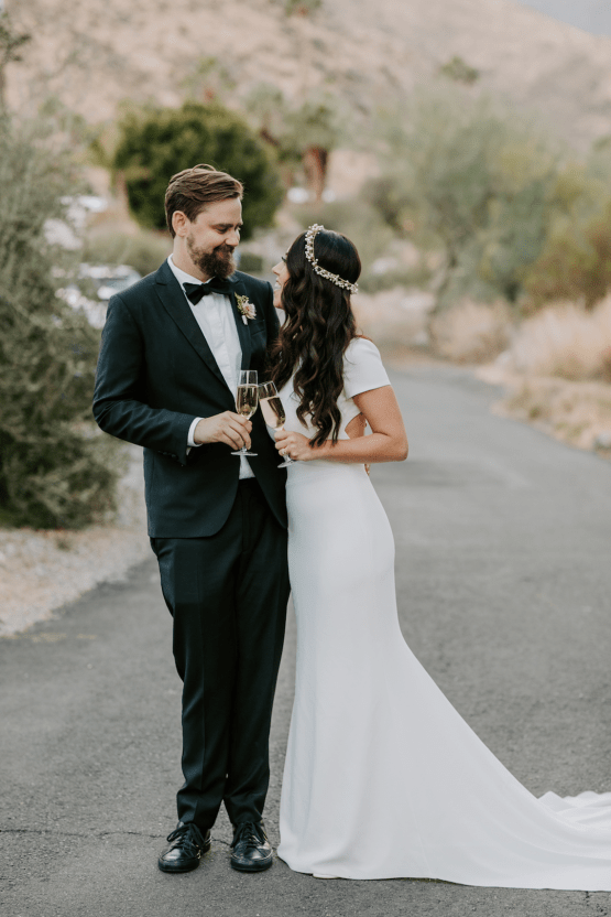 Ultra-Stylish Palm Springs Wedding with Modern Black Details – Frederick Loewe Estate – Mary Claire Roman 57