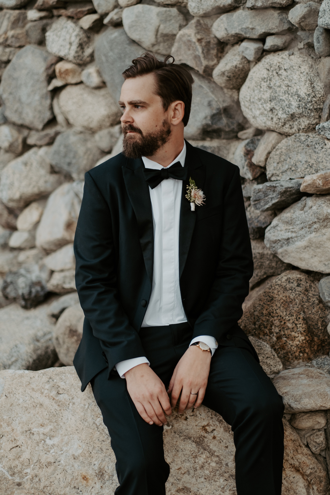 Ultra-Stylish Palm Springs Wedding with Modern Black Details – Frederick Loewe Estate – Mary Claire Roman 62
