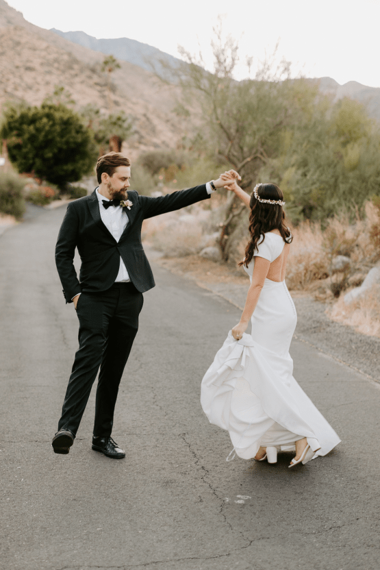 Ultra-Stylish Palm Springs Wedding with Modern Black Details – Frederick Loewe Estate – Mary Claire Roman 64