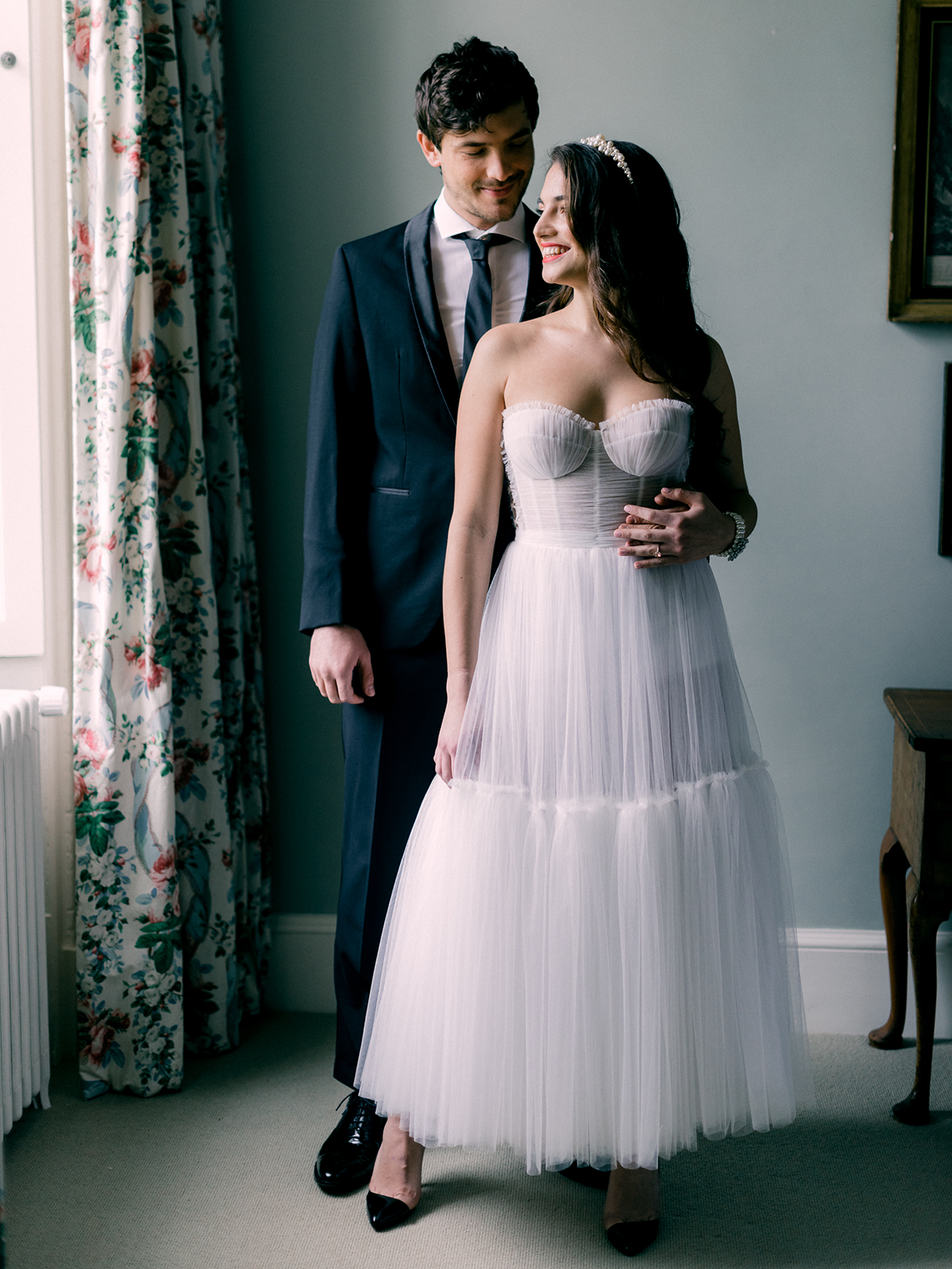 Upscale English Wedding Inspiration at Pylewell Park – Julie Michaelsen Photography 16