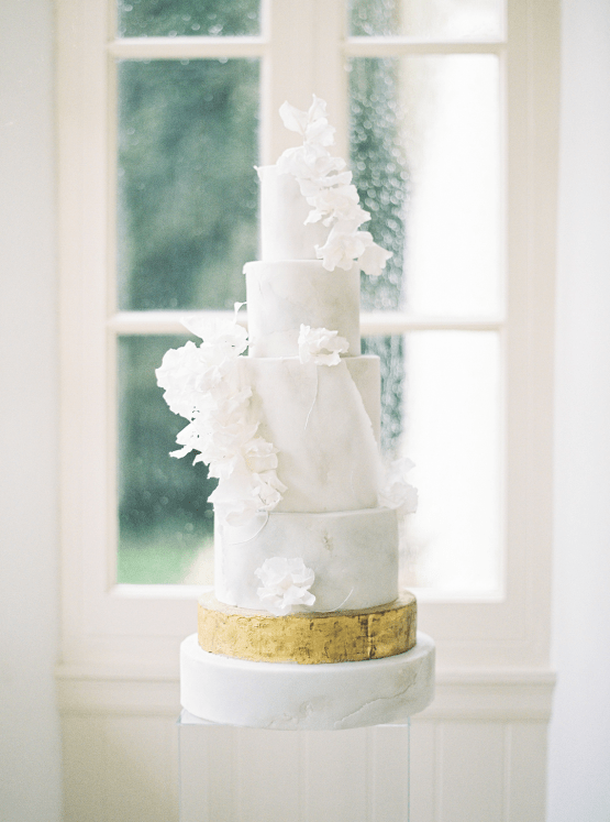 Upscale English Wedding Inspiration at Pylewell Park – Julie Michaelsen Photography 23