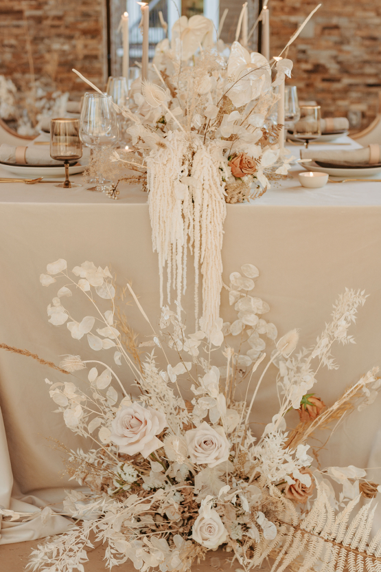 Autumn Neutral-toned Wedding Inspiration – Carly Peterson Creative 12