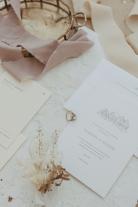 Autumn Neutral-toned Wedding Inspiration – Carly Peterson Creative 24