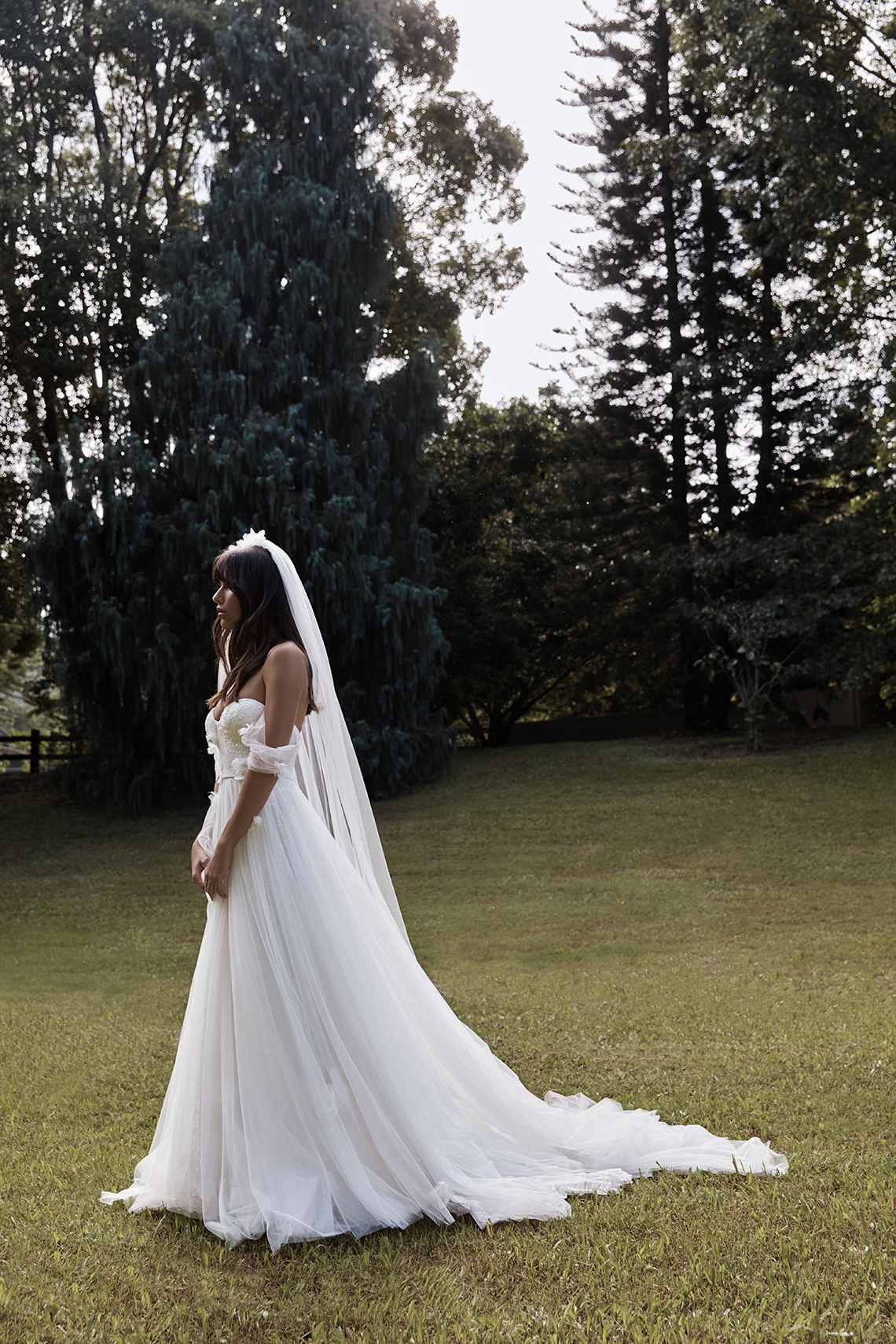 Best Wedding Dress Trends for 2021 Brides – Bridal Musings – Grace Loves Lace Elysian Collection – Star Dress 3
