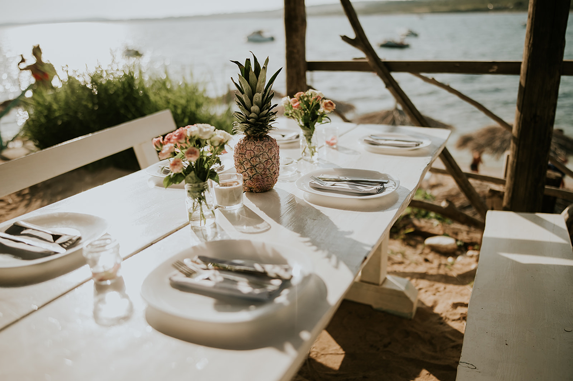 Casual Beach Wedding in Pula Croatia – Lukart Photography – Weddings in Croatia 11