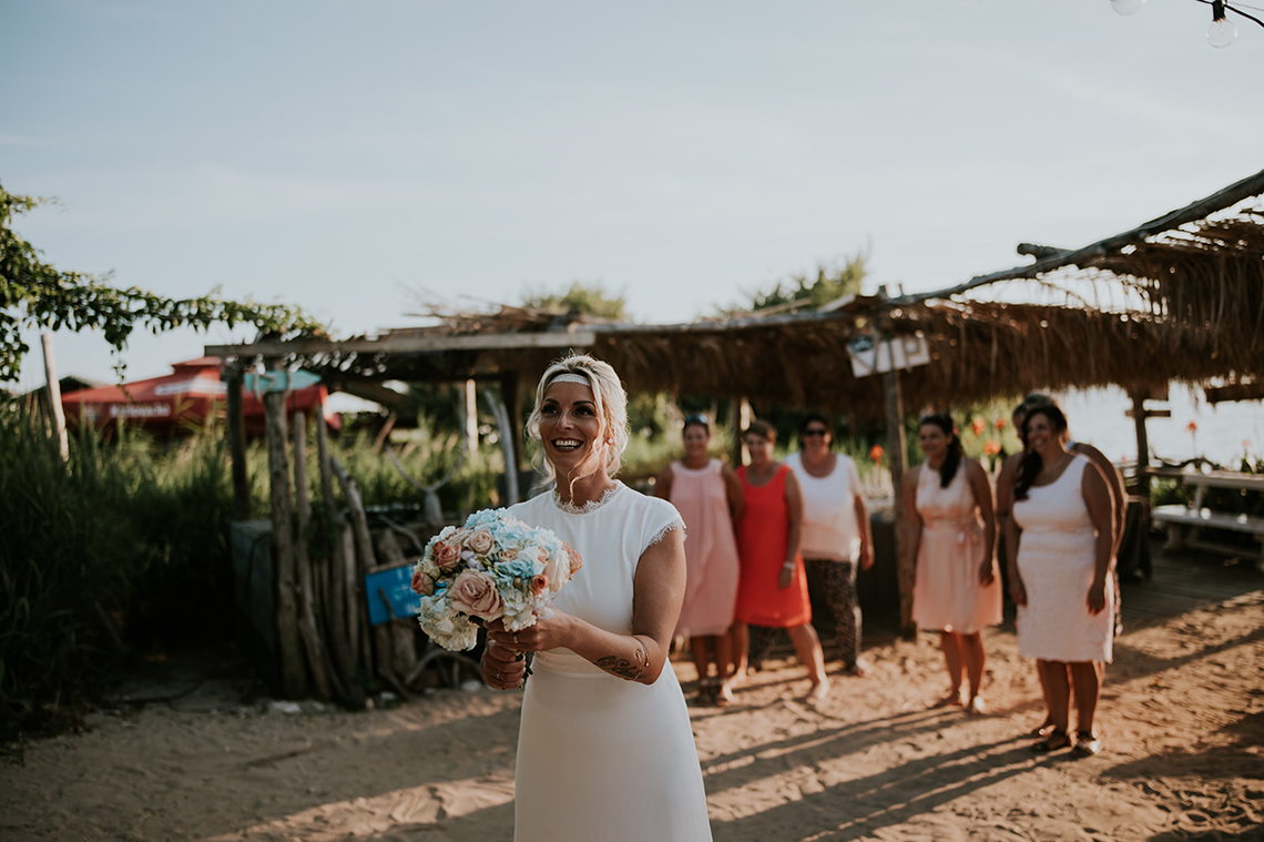 Casual Beach Wedding in Pula Croatia – Lukart Photography – Weddings in Croatia 13