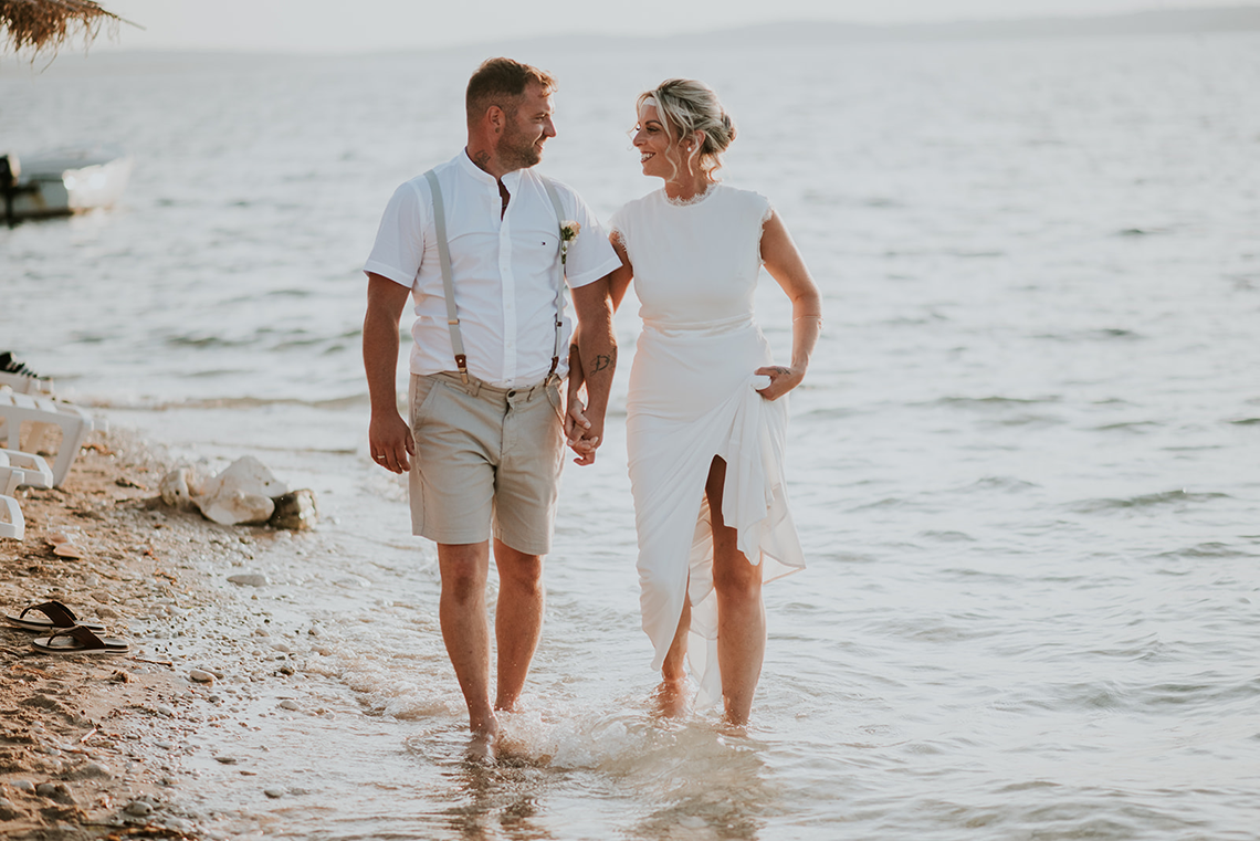 Casual Beach Wedding in Pula Croatia – Lukart Photography – Weddings in Croatia 15