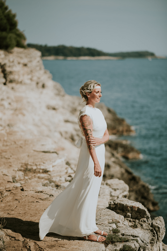 Casual Beach Wedding in Pula Croatia – Lukart Photography – Weddings in Croatia 19