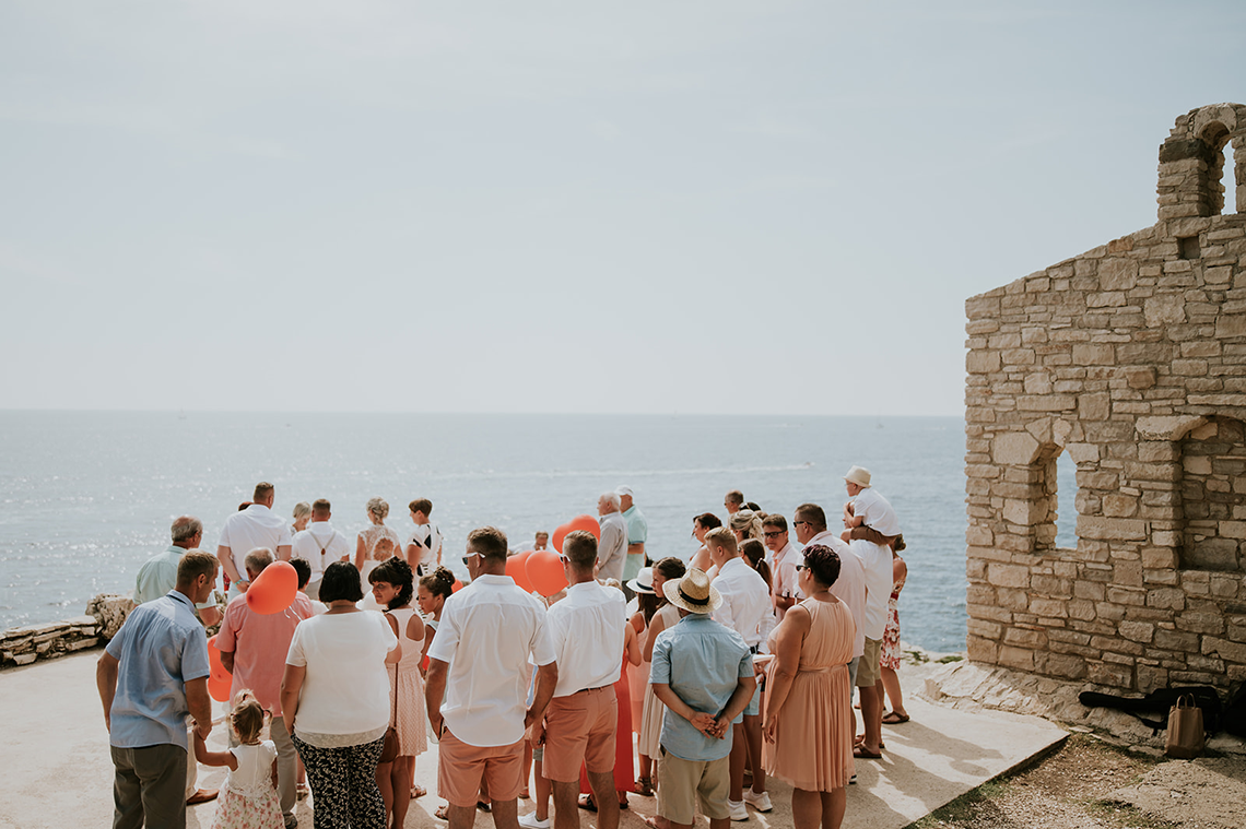 Casual Beach Wedding in Pula Croatia – Lukart Photography – Weddings in Croatia 2